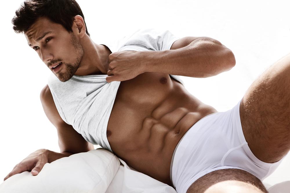 Typy pánskej spodnej bielizne – boxerky, slipy, tangá…
